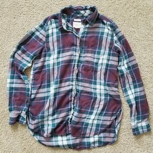 American Eagle | Boyfriend Fit Flannel | Medium